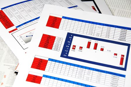 Media Content Analysis in Statistics and Graphs