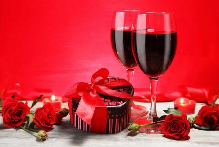 Valentine Gift Heart Shape with Wine and Red Roses photo