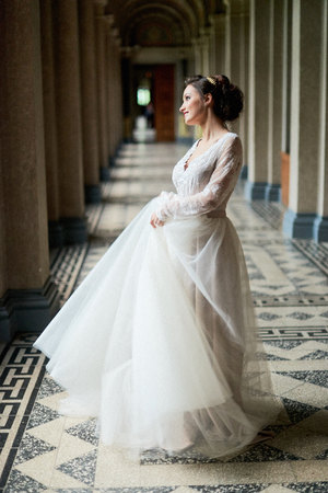 sumptuous: Bride portrait wedding in palace