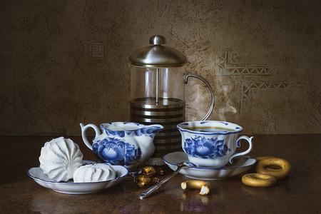 Natura morta di tè con marshmallows e cioccolato, colazione natura morta, natura morta, mattina, pittura, illustrazione, natura morta, il tè, il tè e dessert