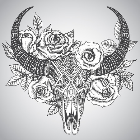 calaveras: Decorativo cráneo del toro indio en tatuaje estilo tribal con flores rosas y hojas. Dibujado a mano ilustración vectorial Vectores