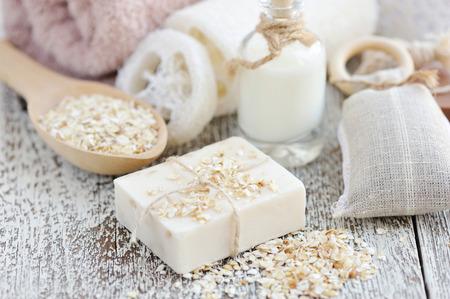 Handgemaakte zeep met havermout en melk