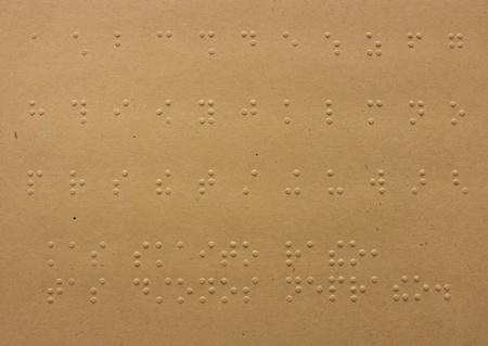braille: Puntos de Braille de lectura - sin ver, de cerca de alfabeto braille Foto de archivo