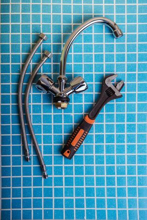 New water tap, Plumbing accessories and tools Standard-Bild