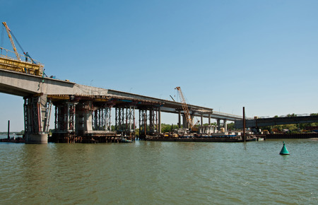 Bridge under construction across the Don river, Rostov-on-Don, Russia Imagens