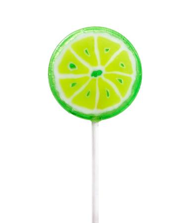paleta de caramelo: Lollipop en forma de limón aislado en el fondo blanco
