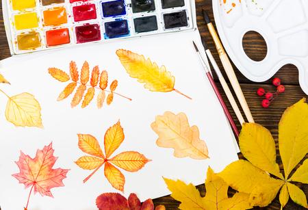 Komposition Mit Weißen Blatt Papier, Farben, Pinsel Und Im Herbst ...