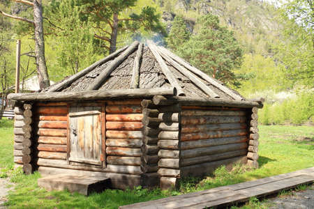 dwelling: The dwelling of the Altai people among mountains