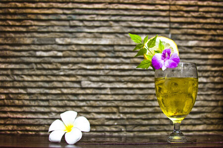 ginger ale cocktail drinks deoration with flower photo