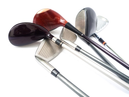 Drie diferent golfclubs op witte achtergrond