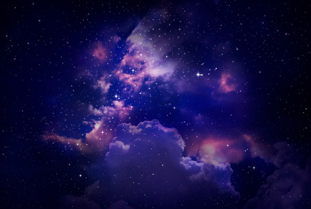 noche estrellada: Estrellas en el cielo nocturno, nebulosa y la galaxia Foto de archivo