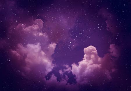 Sterne in den Nachthimmel, lila Hintergrund. Standard-Bild