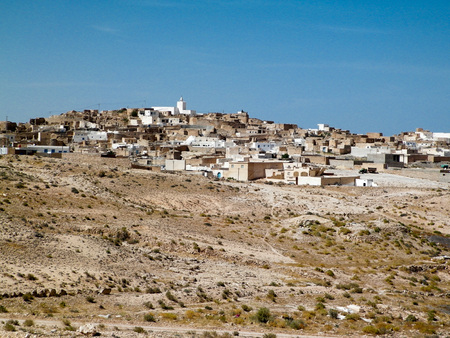 wilds: Town in the desert. View of the town in the desert. Tourism and travel.