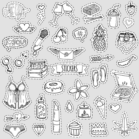 Fashion patch badges. Vector illustration Hand drawn isolated on light background. Set of stickers, pins, patches in cartoon 80s-90s pop-art comic style design Lingerie Beer Pizza Pineapple Heart Love 向量圖像