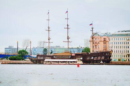 Saint Petersburg, RUSSIA - July 09, 2018: Sights of St. Petersburg. Beautiful historical ship. Redakční
