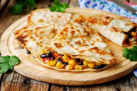 black beans tomato corn quesadilla. the toning. selective focus 版權商用圖片 - 43680836