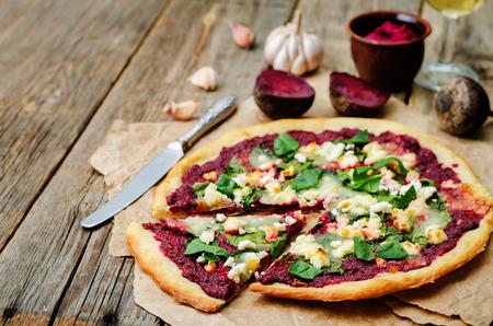 queso de cabra: beet hummus spinach goat cheese pizza