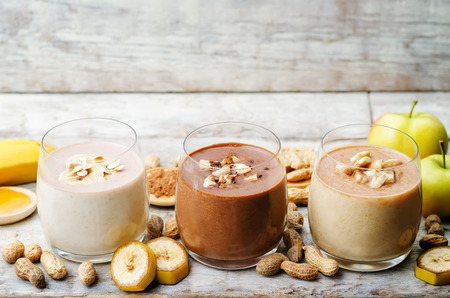 list peanut butter smoothie with chocolate, apples, banana and oats