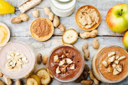 mantequilla: Lista de man� licuado mantequilla con chocolate, manzana, pl�tano y avena