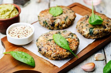 vegan quinoa eggplant spinach chickpeas Burger. Standard-Bild