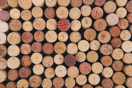 assemblage: Wine cork background. Background of Various Used Wine Corks close up. Stacked cork