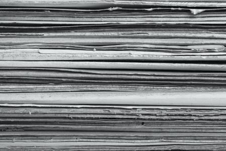 Een stapel van oude vervallen mappen. Oud papier textuur achtergrond Stockfoto