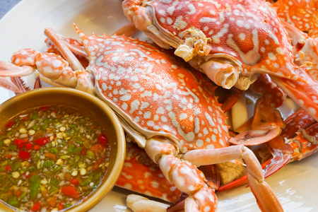 aquatic herb: Streamed Crabs with sour and spicy sauce
