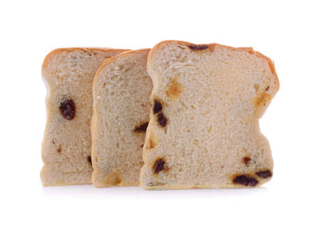 sliced raisin bread isolated on white background Banque d'images
