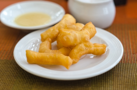 patongkoh: Fried chinese dough