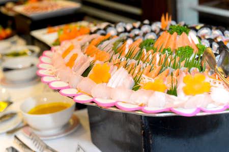 salmon ahumado: Cocina japonesa - sashimi Plate