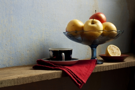 still life with lemon and apples  in holland classic style Stock Photo - 17966963