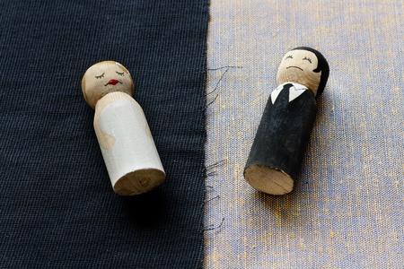 wife and husbend doodles in divorce process concept broken relationships