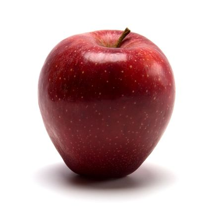 pomme rouge: pomme rouge isol�e sur fond blanc