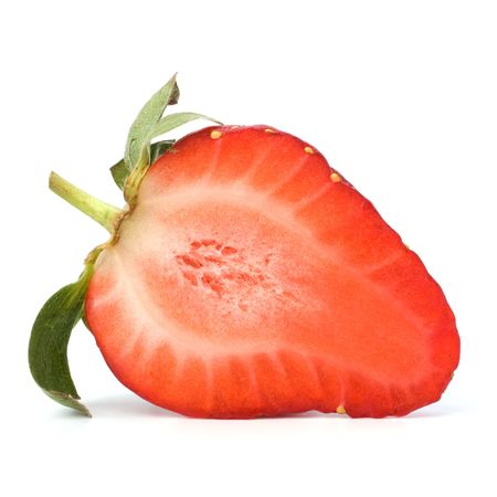 bacca: Halved strawberry isolated on white background