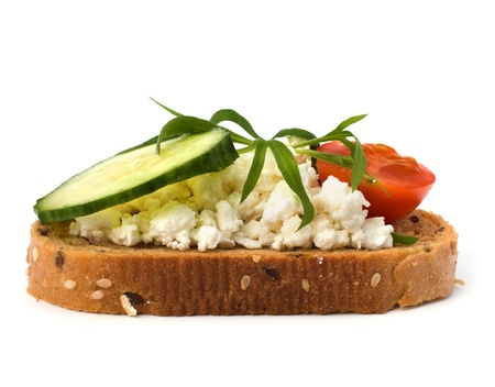 sándwich saludable aislada sobre fondo blanco