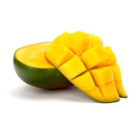 mango fruta: Fruto de mango aislado en fondo blanco Foto de archivo