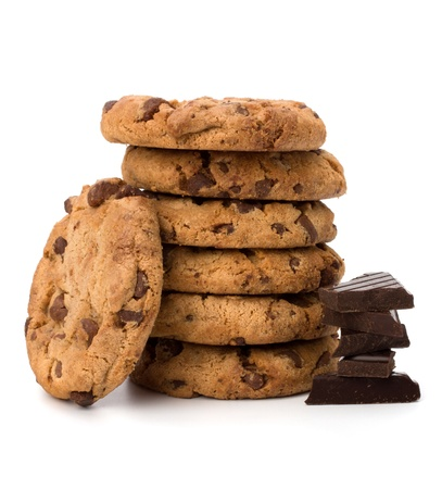 chocolate cookie: Galletas de chocolate de reposter�a casera aisladas sobre fondo blanco