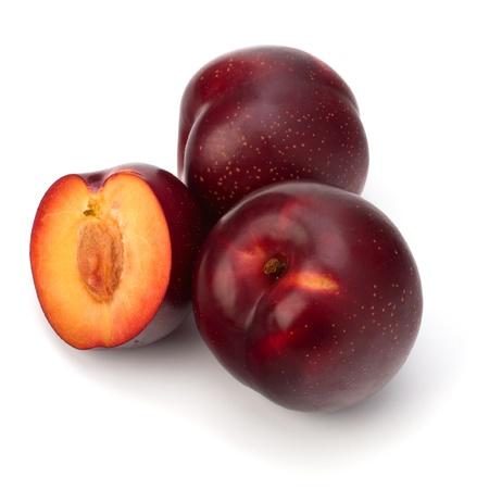 Red Pflaume Obst isoliert auf weißem Hintergrund