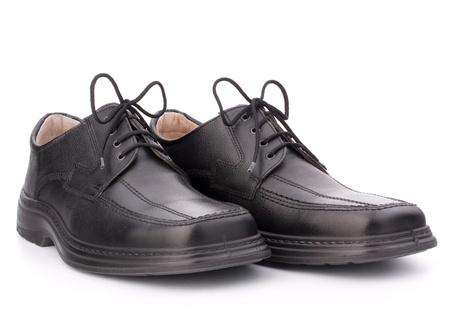 chaussure: Noir brillant homme chaussures � lacets isol� sur fond blanc