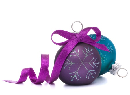 クリスマス ボール ホワイト バック グラウンド素材に分離