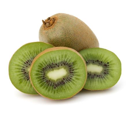 흰색 배경에 컷 아웃에 고립 슬라이스 키위 과일