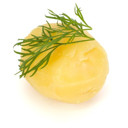 흰색 배경에 고립 된 딜와 삶은 껍질을 벗 겨 감자 하나 컷 아웃 스톡 콘텐츠