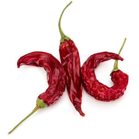 Dried red chili or chilli cayenne pepper isolated on white  background cutout Banco de Imagens - 130163913