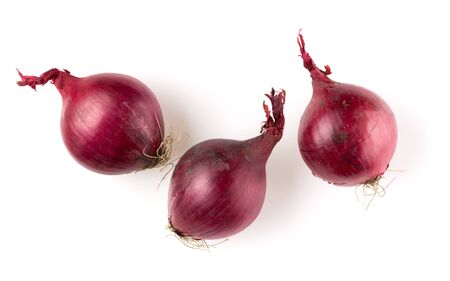 Red onions isolated on white Stock Photo - 133009446