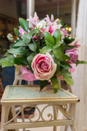 upper class: Beautiful wedding bouquet of pink roses Stock Photo