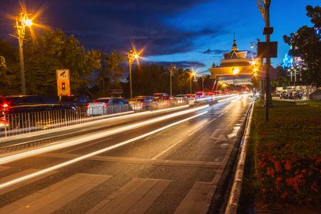 Khonkaen시 입구 도로에서 신호등 스톡 콘텐츠