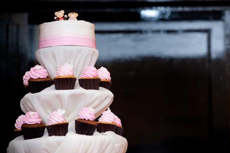 topper: layers pink cupcake cake spouse bear topper
