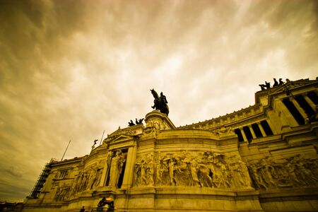 altar of fatherland: Exterior of the altar of the fatherland in the evening