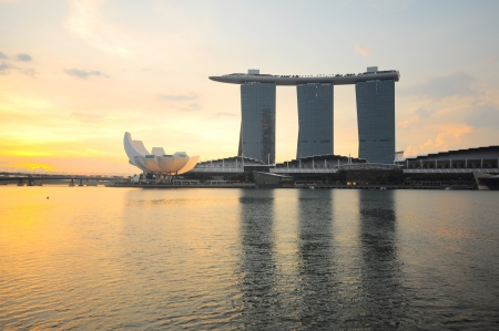Marina bay sand in the morning 에디토리얼