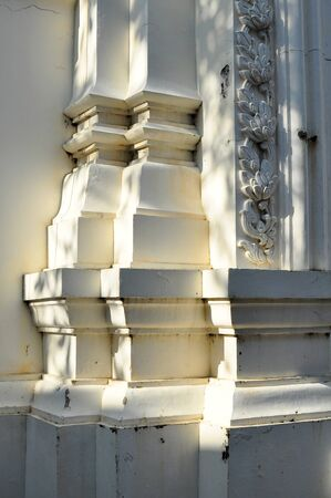 emit: Thai style pillar